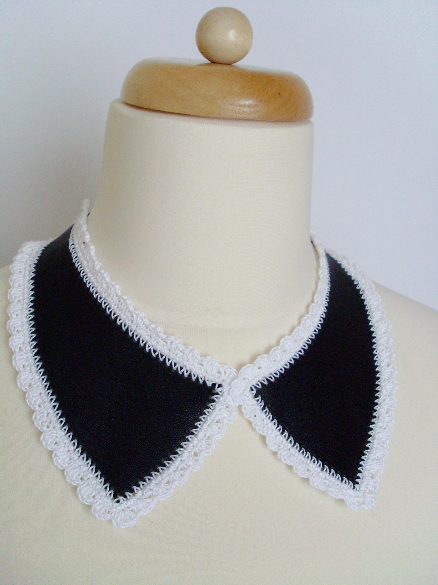 black_white_collar_necklaces_3.JPG