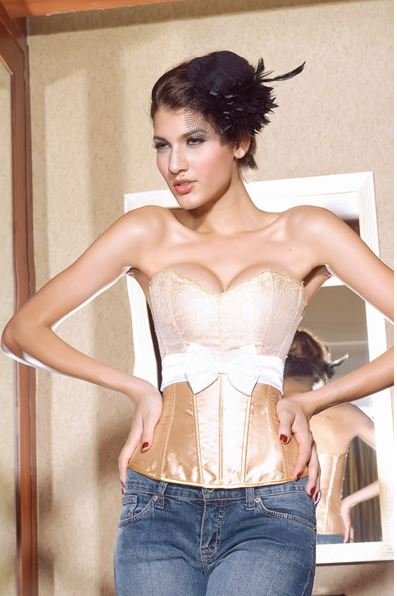sexy_front_bow_lace_bustier_corset_bustiers_and_corsets_6.JPG