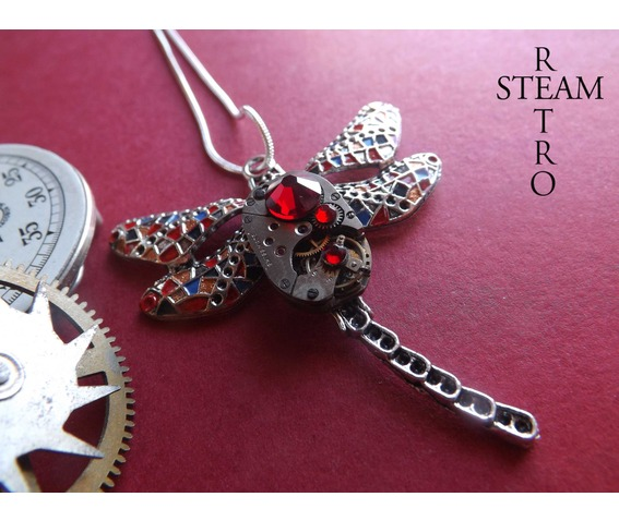 steampunk_necklace_gaudi_steampunk_lib_lula_watch_mechanism_pendant_necklace_red_steampunk_jewelry_steamretro_necklaces_3.jpg
