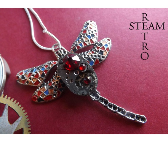 steampunk_necklace_gaudi_steampunk_lib_lula_watch_mechanism_pendant_necklace_red_steampunk_jewelry_steamretro_necklaces_2.jpg