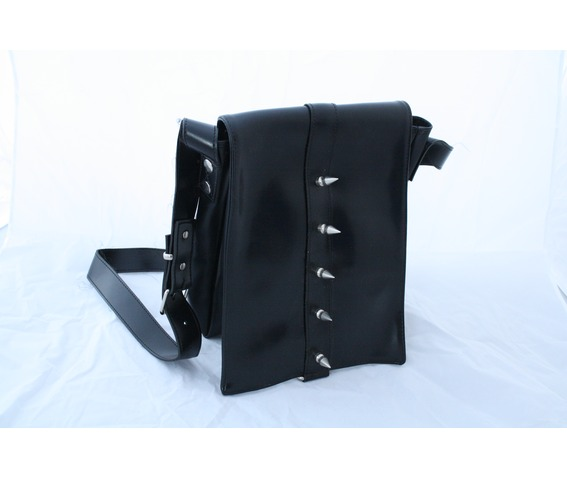 spikey_gothic_rocker_black_faux_leather_bag_purses_and_handbags_4.JPG