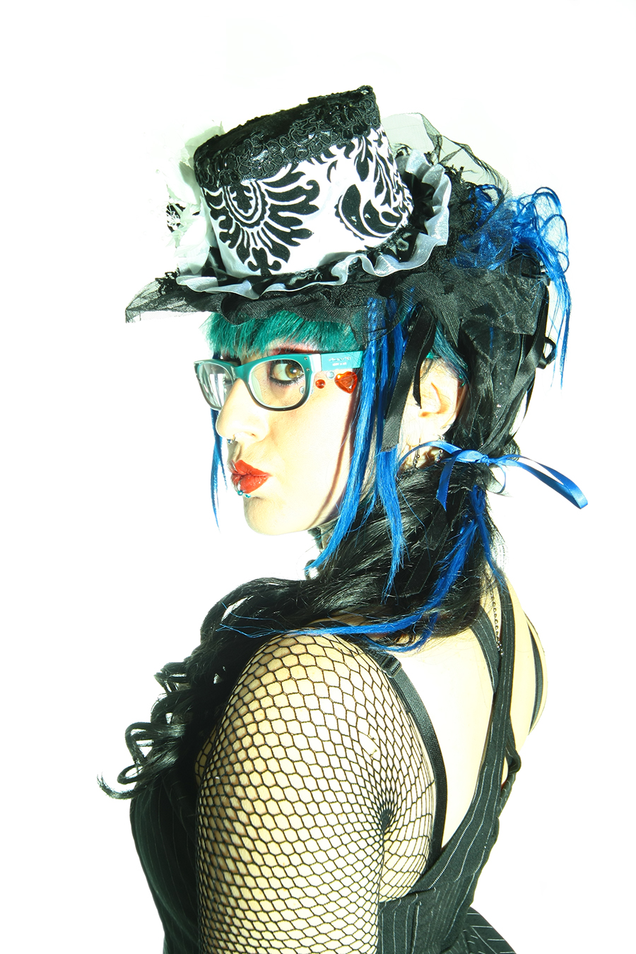 damask_mini_top_hat_blk_wht_hats_and_caps_3.jpg