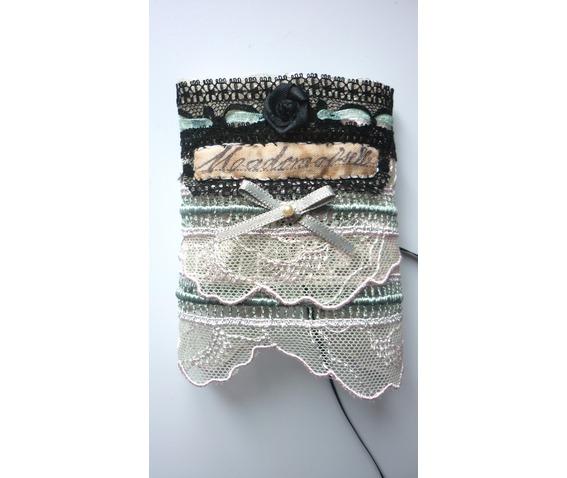 mademoiselle_absinthe_cuff_bracelet_victorian_french_wedding_dark_mori_bracelets_3.JPG