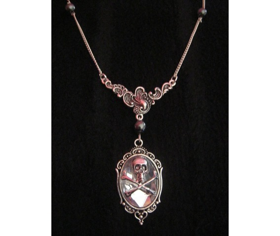 floral_necklace_clear_faceted_cabochon_skull_hematite_beads_necklaces_2.JPG