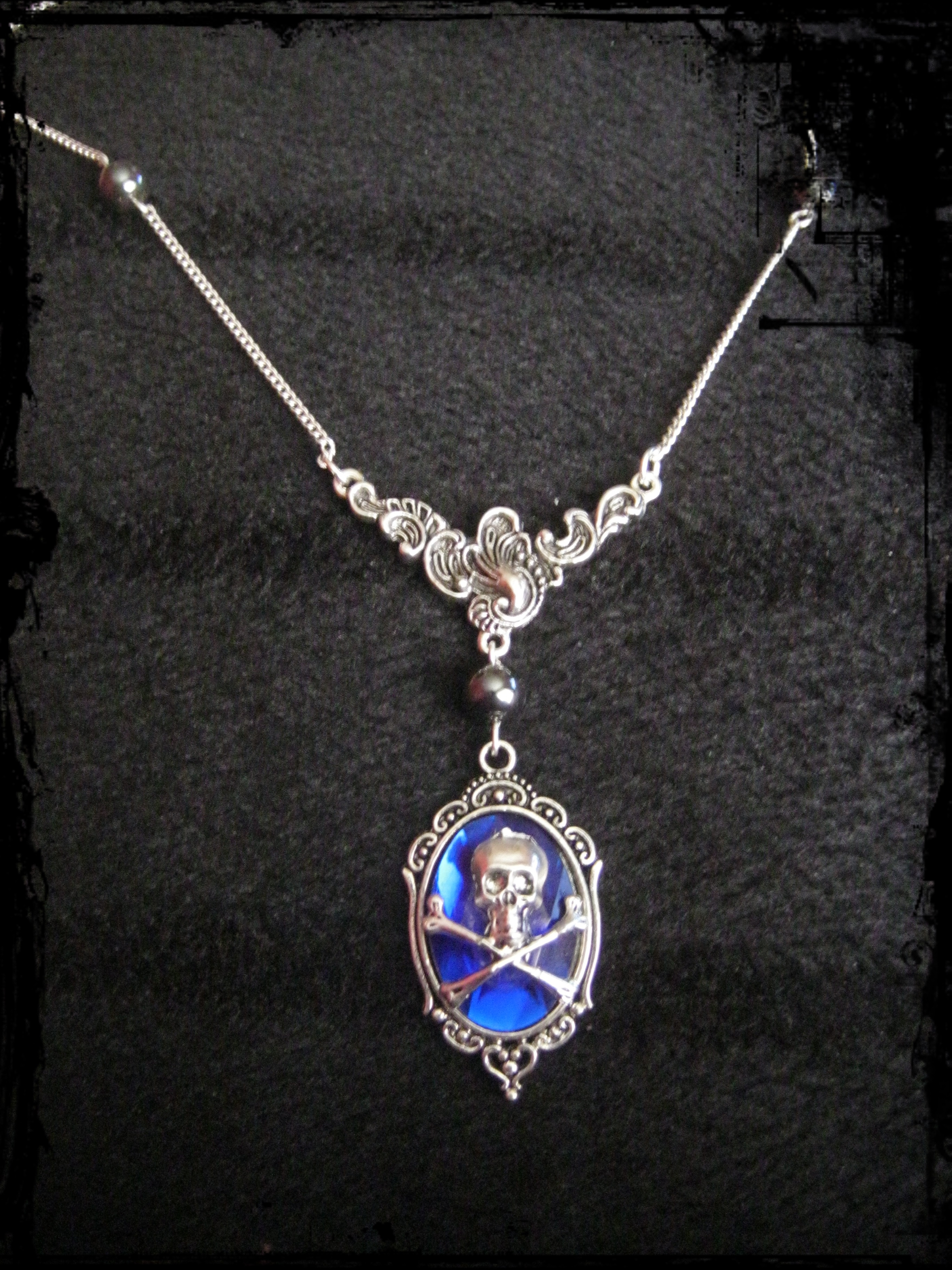floral_necklace_blue_faceted_cabochon_skull_hematite_beads_necklaces_2.JPG