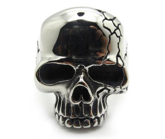 gothic_skull_ring_biker_ring_gothic_jewelry_rings_3.jpg