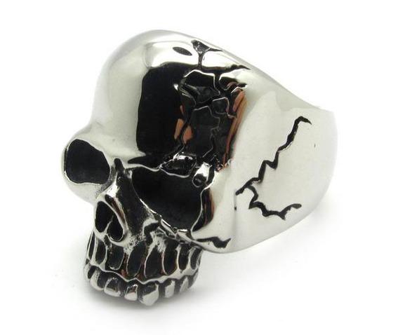 gothic_skull_ring_biker_ring_gothic_jewelry_rings_2.jpg