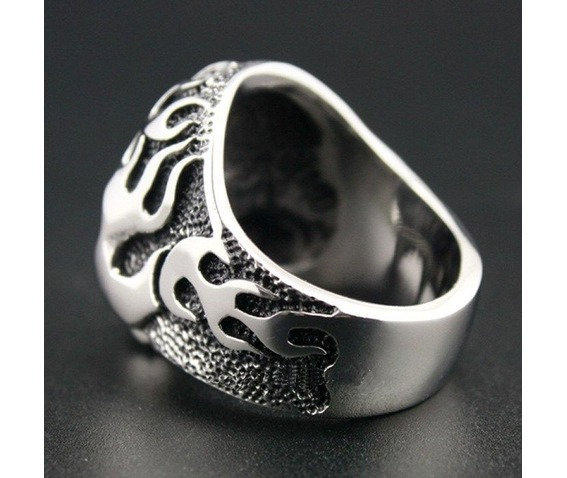 huge_and_heavy_solid_316_l_stainless_steel_fire_skull_biker_ring_gothic_ring_skull_ring_rings_2.jpg