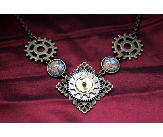 the_knight_victorian_necklace_necklaces_3.JPG
