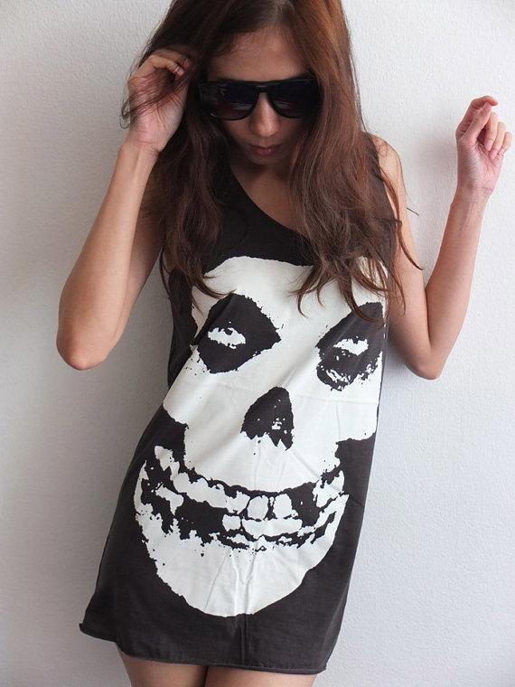 punk_goth_skull_classic_gothic_rock_tank_top_m_tees_2.jpg