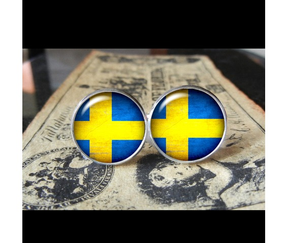 sweden_flags_world_collection_fifa_world_cup_cuff_links_men_weddings_groomsmen_grooms_dads_gifts_cufflinks_5.jpg