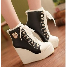 Two Tone Lace Metal Badge Wedge Heel Boots