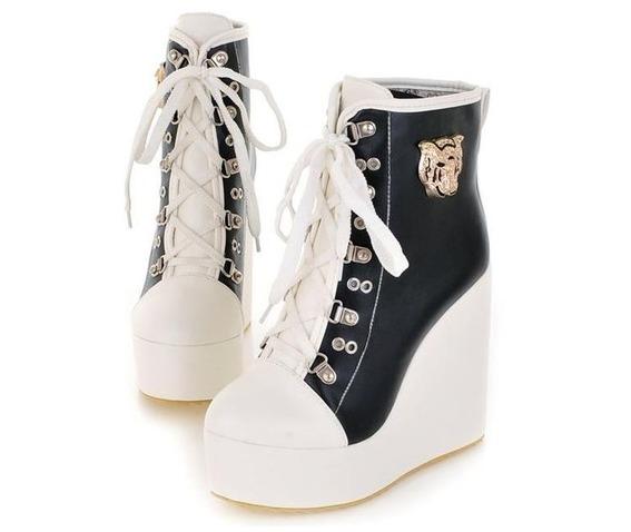 two_tone_lace_metal_badge_wedge_heel_boots_booties_2.JPG