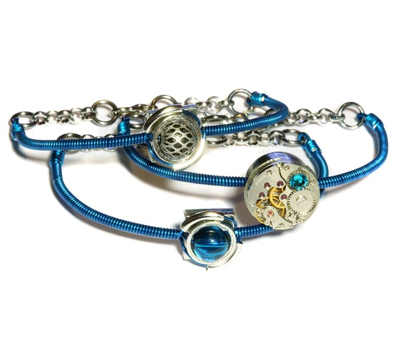 cybersteam_3_bracelets_peacock_blue_bracelets_4.JPG