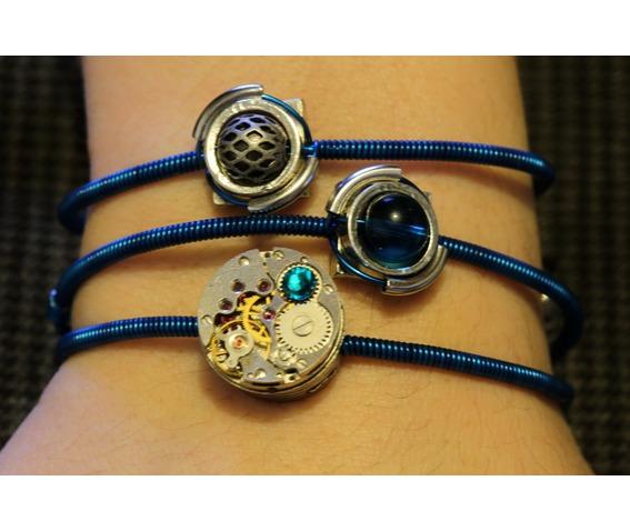 cybersteam_3_bracelets_peacock_blue_bracelets_3.JPG
