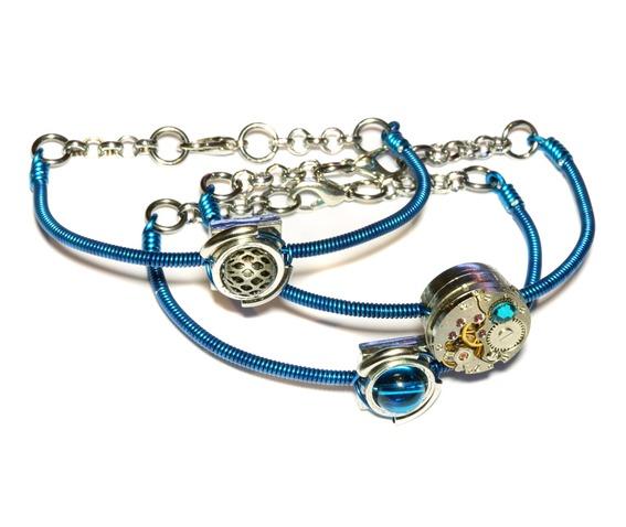cybersteam_3_bracelets_peacock_blue_bracelets_2.JPG