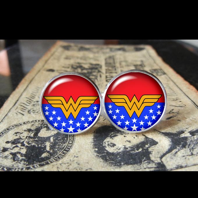 superhero_wonder_woman_stars_cuff_links_men_weddings_groomsmen_grooms_dads_gifts_cufflinks_5.jpg