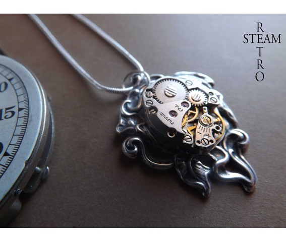 steampunk_lily_necklace_steampunk_necklace_lily_pendant_steampunk_jewelry_steamretro_necklaces_4.jpg