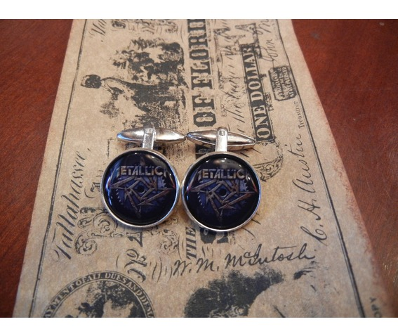 metallica_star_logo_cuff_links_men_weddings_cufflinks_2.JPG