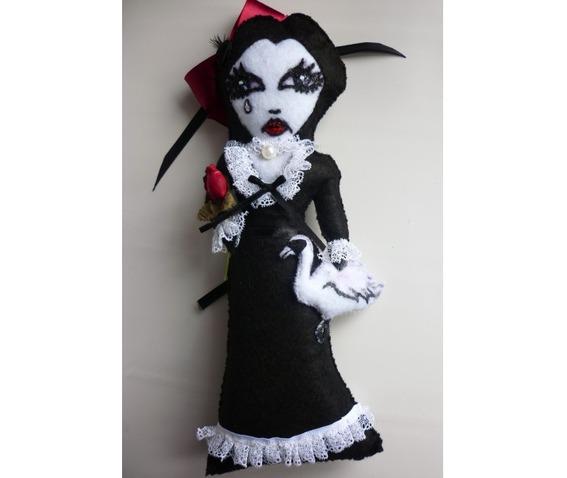 leda_and_the_swan_art_felt_doll_toys_5.jpg