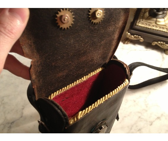 i_gearz_steampunk_adventure_case_medium_size_antique_leather_carry_case_p_368_bags_and_backpacks_9.JPG
