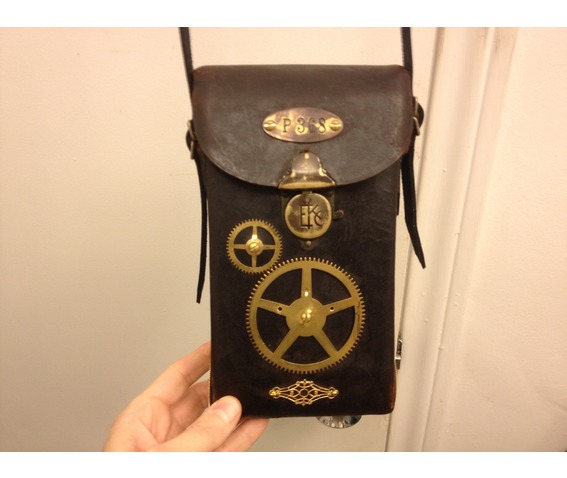 i_gearz_steampunk_adventure_case_medium_size_antique_leather_carry_case_p_368_bags_and_backpacks_8.JPG