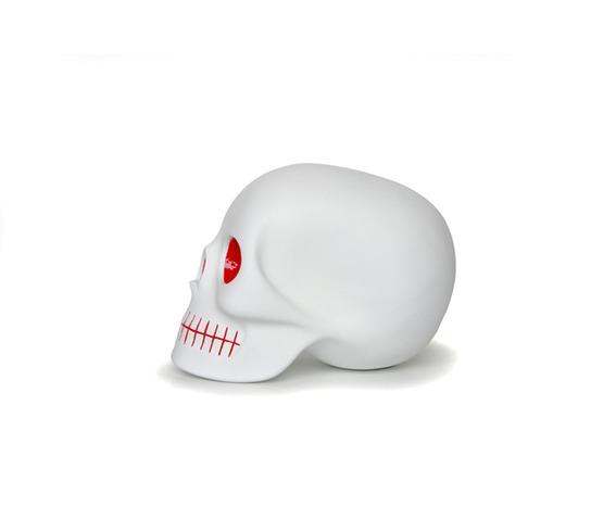 ketsin_mono_skull_inspired_by_minimalist_art_matte_white_red_eyes__sculptures_3.jpg