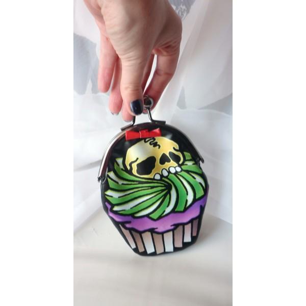 cupcake_skull_purse_purses_and_handbags_2.jpg