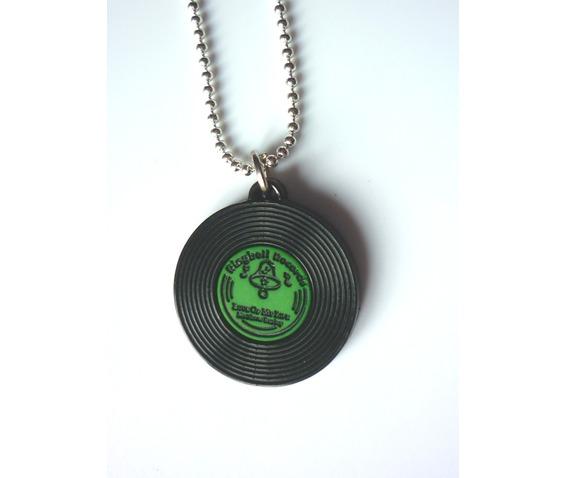 green_vinyl_necklace_disc_lp_rockabilly_music_necklaces_4.JPG
