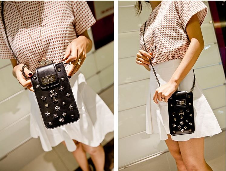 casual_assorted_medals_studded_long_shape_shoulder_handbag_purses_and_handbags_2.JPG