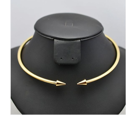 solid_pointed_arrow_choker_necklace_necklaces_5.JPG