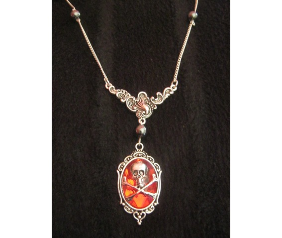 floral_necklace_red_faceted_cabochon_skull_hematite_beads__necklaces_2.JPG