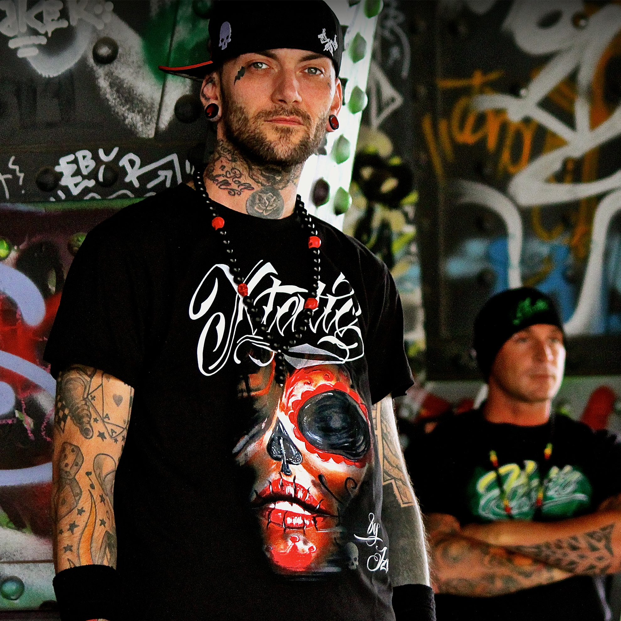 xtatic_wear_red_muerta_art_tee_t_shirts_3.jpg