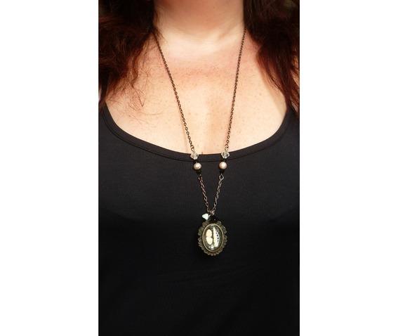 the_lady_unicorn_shadowbox_reliquary_reversible_necklace_necklaces_5.JPG
