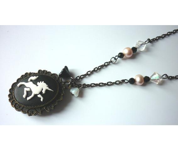 the_lady_unicorn_shadowbox_reliquary_reversible_necklace_necklaces_4.JPG