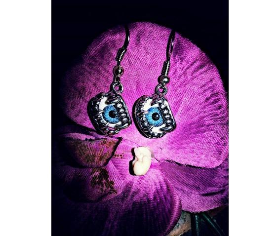 vampirebite_eyes_earrings_earrings_2.jpg