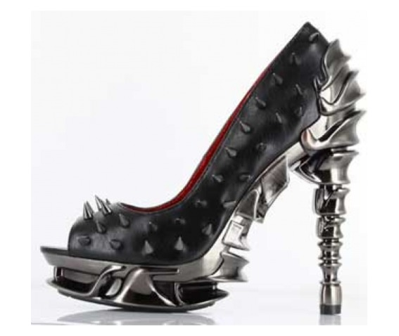 hades_shoes_black_talon_chrome_plated_spinal_heels_platforms_2.png