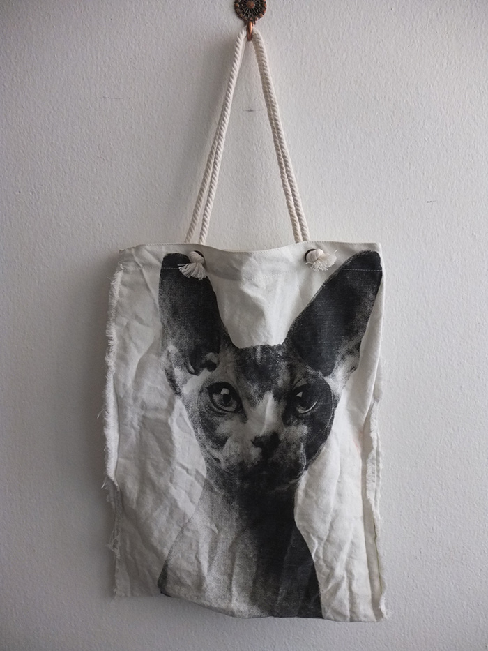 sphynx_cat_beach_canvas_tote_bag_rope_handle_bags_and_backpacks_5.jpg