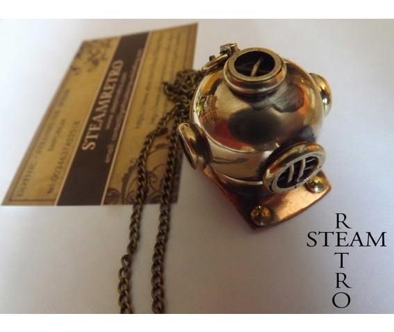 steampunk_necklace_the_argonaut_diving_helmet_steampunk_jewellery_steamretro_necklaces_3.jpg