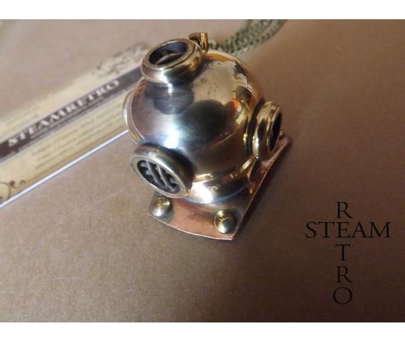 steampunk_necklace_the_argonaut_diving_helmet_steampunk_jewellery_steamretro_necklaces_2.jpg