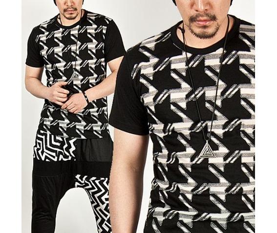 striking_unique_galaxy_pattern_round_tee_t_shirts_2.jpg