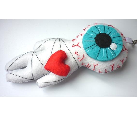 the_cyclop_love_white_voodoo_little_felt_doll_geek_toy_keychain_doll_toys_5.JPG