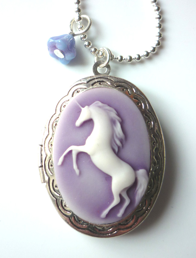 mauve_unicorn_cameo_locket_necklace_elvish_whimsical_medieval_wedding_necklaces_6.JPG