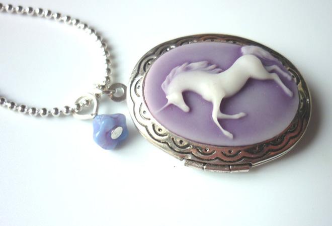 mauve_unicorn_cameo_locket_necklace_elvish_whimsical_medieval_wedding_necklaces_5.JPG