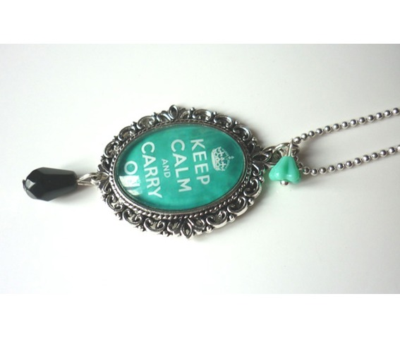 keep_calm_mint_green_necklace_tattoo_rockabilly_pin_up_crown_necklaces_2.JPG