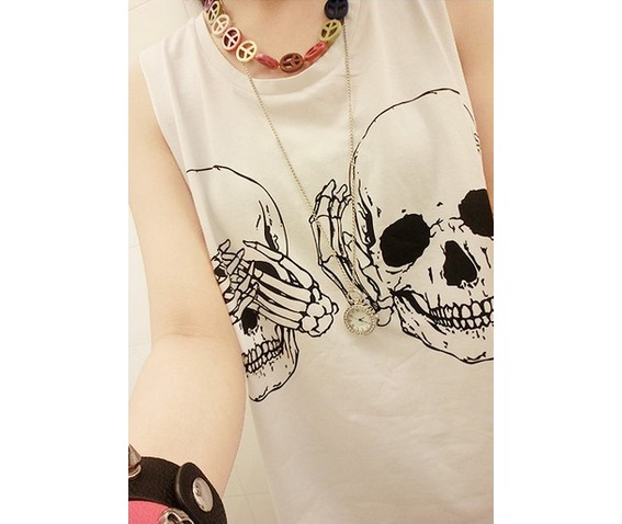 peek_a_boo_skulls_black_white_graphic_summer_tank_top_tanks_tops_and_camis_6.png