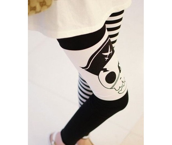punk_pirate_skull_black_white_striped_stretchy_leggings_leggings_3.png