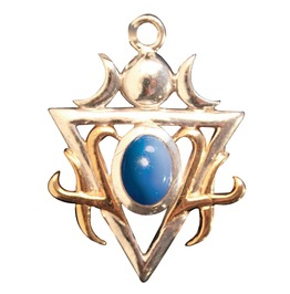 Pendant Fortitudo, Blue Chalcedony Facing Fears