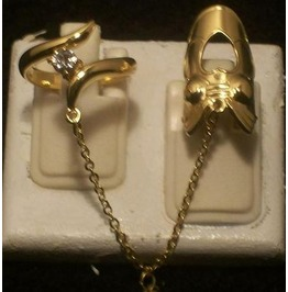 The Fashion Finger Nail Ring, Chain & Tip Gold