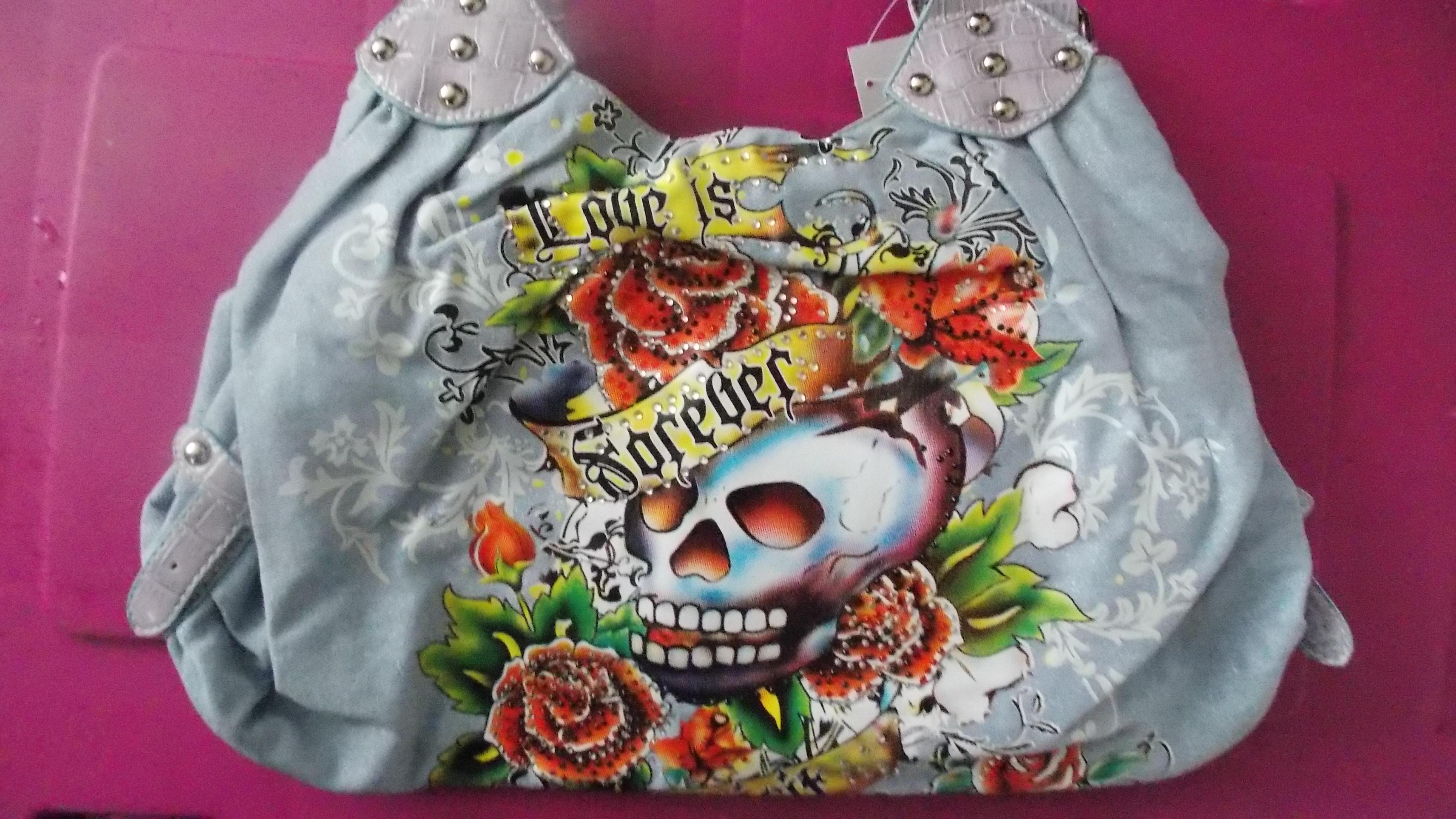 forever_skully_bags_and_backpacks_3.JPG